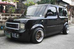 Nissan Black Laguna | Mitula Cars