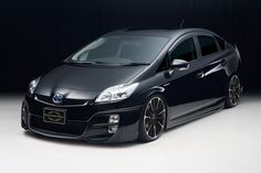 Toyota Prius Hybrid tuned by Wald International Toyota Cars, Toyota Prius, Toyota Vehicles, Supercars, Toyota Hybrid, Modified Cars, Future Car, Luxury Cars, Cool Cars