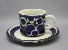 Arabia Saara Cup and Saucer. I have 12 of these with the entree and dinner plates too. They were so popular in the . Love them still and they are lovely to drink from. Savi, Dinner Plates, Cup And Saucer, Finland, Popular, Drink, Tableware, Design, Corning Glass