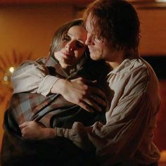 """""""Oh We So needed to be wrapped up in a big hug for the Well Done ALL🙏 Just a Stunning close! Diana Gabaldon Outlander Series, Outlander Tv Series, Laura Donnelly, Richard Rankin, The Fiery Cross, Sam Heughan Outlander, Samheughan, Fandoms, Jamie And Claire"""