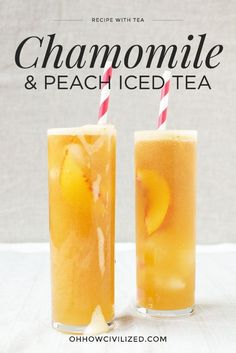 Chamomile & Peach Iced Tea is the perfect summertime tea drink! A trip to the Union Square Greenmarket inspired this iced tea. Ripe peaches are fairly sweet on their own, so it's up to you if you want to add the honey. Refreshing Drinks, Summer Drinks, Fun Drinks, Healthy Drinks, Beverages, Gold Drinks, Peach Drinks, Healthy Food, Glace Fruit