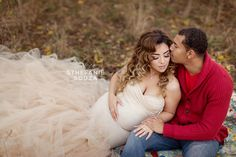 Outdoor Fall Maternity Photos with husband - Champagne maternity gown by sew trendy accessories #Maternityphotographer #maternityphotos #Rochesterny