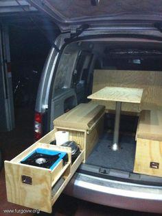 Camperización [VW Caddy 1.9 TDI Life] Truck Bed Camper, Mini Camper, Vw Camper, Cargo Van Conversion, Minivan Camper Conversion, Build A Camper Van, Camper Van Life, Minivan Camping, Truck Camping