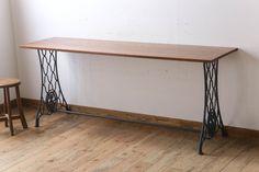 シンガーミシン オーク材天板!アンティークの鉄脚テーブル(ミシンテーブル)(3) Create Space, Entryway Tables, Room, Spaces, Furniture, Sewing, Home Decor, Ideas, Bedroom