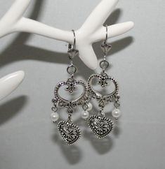 Very beautiful handmade bavarian earrings with heart and shell pearls. These earrings are a perfect addition to the traditional necklace, which is also available in my shop, and complete your dirndl outfit. Ear Jewelry, Jewelry For Her, Antique Earrings, Beautiful Necklaces, Silver Color, Antique Silver, Pendants, Pearls, Antiques
