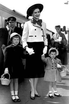Deborah Kerr and daughters