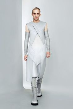 Gareth Pugh Primavera 2011-lista para usar fotos colección - Vogue