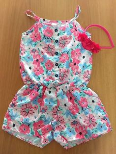 {Typical and customized kid dress, offers the best solution. Frocks For Girls, Little Girl Outfits, Kids Outfits Girls, Little Girl Dresses, Baby Dress Design, Baby Girl Dress Patterns, Baby Frocks Designs, Kids Frocks Design, Baby Girl Fashion