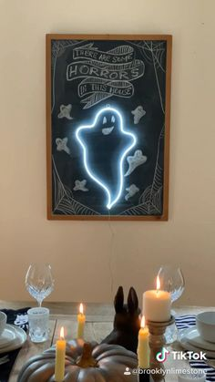 Add an LED light to a wallchalkboard and create an instant art piece that can be changed for every holiday. Diy Halloween Costumes For Kids, Halloween Table, Halloween Activities, Diy Halloween Decorations, Easy Halloween, Diy Costumes, Chalkboard Signs, Neon Signs, Led