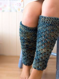 How to Crochet a Pair of Leg Warmers - Tuts+ Crafts & DIY Tutorial