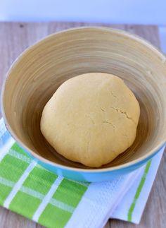 Coconut Flour Pie Crust {Shortbread Paleo Pie Crust}