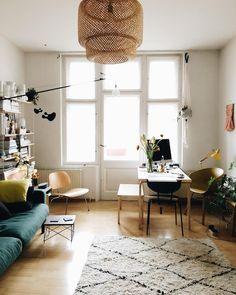 """6,082 tykkäystä, 56 kommenttia - Jules Villbrandt (@herz.und.blut) Instagramissa: """"Current living room situation ❤️ #keintagohnemate"""""""