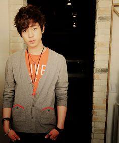 Changjo = Choi Jong hyun. So adorable in a cardigan.  ^.^