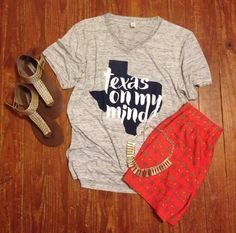 Texas on my mind - crazy soft Vneck Tshirt from Oliver and Otis