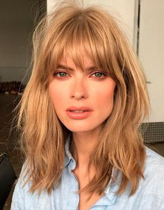 Messy hair Julia Stegner
