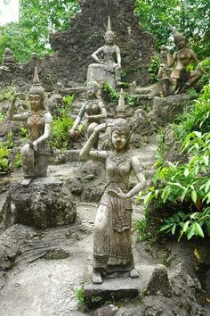 The Budha Gardens. Amazing hand carved statues built by a single man in 20 years!!