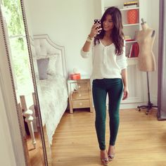 Mimi Ikonn | Green jeans and white sweater