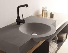 Lavabo cemento Camargo Bathco Wood Sink, Concrete Sink, Concrete Furniture, Bathroom Sink Design, Bathroom Design Luxury, Vintage Bathrooms, Modern Bathroom, Terrazzo, Ceramic Tile Crafts