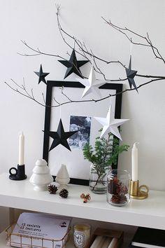 christmas at home Christmas Interiors, Christmas Bedroom, Christmas Mood, Christmas Crafts, Christmas Decorations, Holiday Decor, Natural Christmas, Simple Christmas, Natal Natural