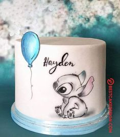 50 Lilo and Stitch Cake Design (Cake Idea) - October 2019 Lilo And Stitch Cake, Lelo And Stitch, Fancy Cakes, Cute Cakes, Beautiful Cakes, Amazing Cakes, Cute Baking, Cute Desserts, French Desserts