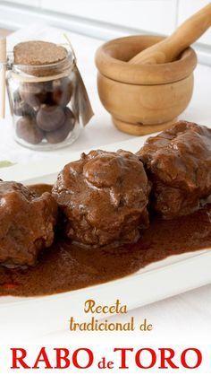 Receta tradicional de rabo de toro con salsa de vino tinto.