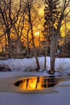Liquid gold sunset (Branford, Connecticut) by slack12