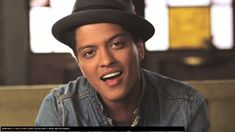 Is Bruno Mars okay to listen to? Although his songs Grenade and Just The Way You Are are relatively harmless, his third song The Lazy Song is questionable. Gucci Mane, Bruno Mars Tickets, Mars Wallpaper, Hip Hop, Neil Armstrong, The Way You Are, Celebs, Celebrities, Free Stock Photos