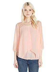 1ede8bdafec06 A. Byer Junior s 3 4 Sleeve V-Neck Split Front Top with Lace Trim at Amazon  Women s Clothing store