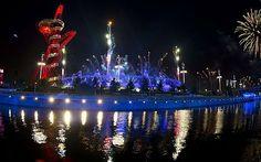 Fireworks along the Thames Google Image Result for http://i.telegraph.co.uk/multimedia/archive/02290/Flame_2290177b.jpg