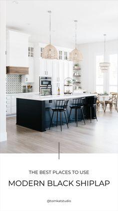 Modern Kitchen Design, Interior Design Kitchen, Modern French Kitchen, Closed Kitchen Design, Classic White Kitchen, Gray And White Kitchen, Timeless Kitchen, Modern Farmhouse Interiors, Modern Farmhouse Design