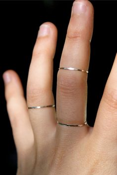 Sterling silver thin stacking ring--crazy about the ring at the knuckle...
