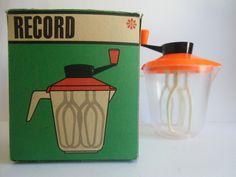 Vintage Küchengeräte - Handmixer Sahnemixer von RECORD - DDR - ein Designerstück…