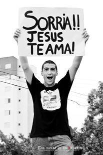 Jesus te ama e muitooooo!