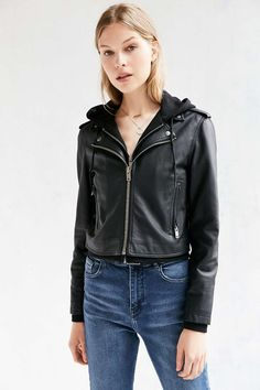 825e9ace9 33 Best Coats images in 2018 | Trench coats, Woman fashion, Wraps