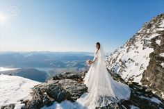 Beautiful wedding photoshoot in the mountains. By Dan Childs at 222 Photographic Studios, Queenstown, New Zealand. Free Photography, Photography Services, Wedding Photography, Pre Wedding Photoshoot, Wedding Shoot, Photographic Studio, October Wedding, Elope Wedding, Engagement Couple