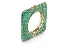 Emerald and diamond gold bangle from Amrapali