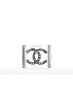aff341f89 CHANEL Official Website: Fashion, Fragrance, Beauty, Watches, Fine Jewelry  | CHANEL
