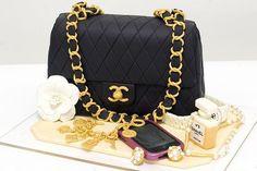Chanel hand bag Cake | chanel perfume cake