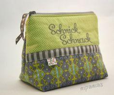 mipamias: Schnick-Schnack in grün-grau