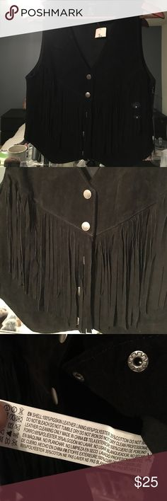 NEW Genuine Suede Leather Fringed Black Vest Sz S New with tags attached. Size Small. Real leather. Forever 21 Jackets & Coats Vests