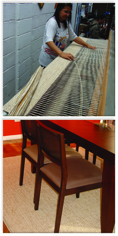 Produção de tapete de algodão e juta, misturinha. A textura do tapete é ideal…