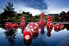Resultados de la Búsqueda de imágenes de Google de http://medias.slash.fr/media_attachments/images/000/001/014/Yayoi_Kusama-2b_original_medium.jpg
