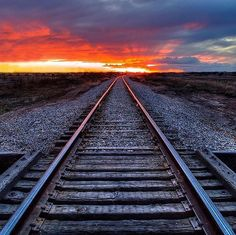 I wouldn't mind following those tracks into the sunset. @packtography #sunset #traintracks #goodvibes #creative #backcountry #nature #outdoors #getoutside by backcountryvibes