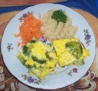 Zapečená brokolice a kuskus Grains, Rice, Eggs, Breakfast, Food, Breakfast Cafe, Egg, Essen, Yemek