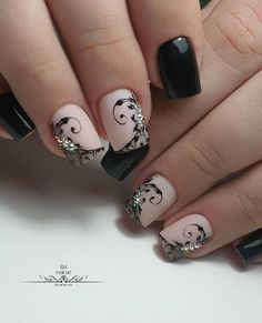 10 Impressive Nails Design For The Halloween Fanatic Nail Line Lace Nails, Flower Nails, Pretty Nails, Fun Nails, Pink Black Nails, Natural Nail Art, Gothic Nails, Finger Nail Art, Diy Nail Designs