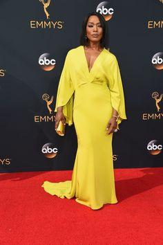 Angela Bassett | Todos os looks do Emmy 2016