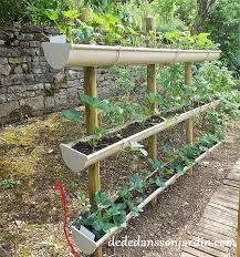 """Résultat de recherche d'images pour """"aménager son jardin avec de la récup"""""""