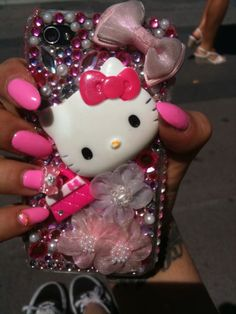 hello kitty phone case -LS would love this