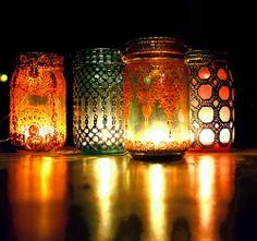 DIY GIFT IDEA: MOROCCAN PAINTED MASON JARS