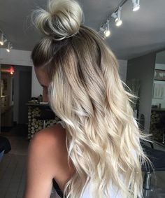 Top knots! Weekend hair loving #willowandkate